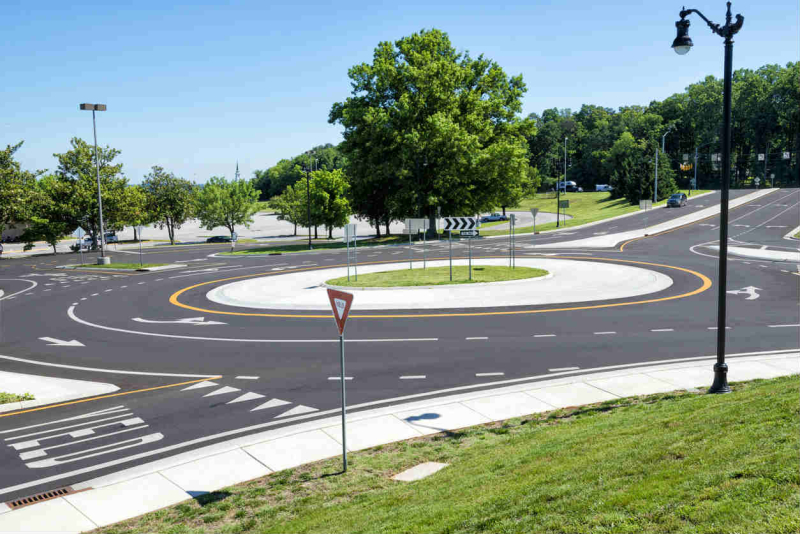 Roundabout-Car-Accident-st-louis